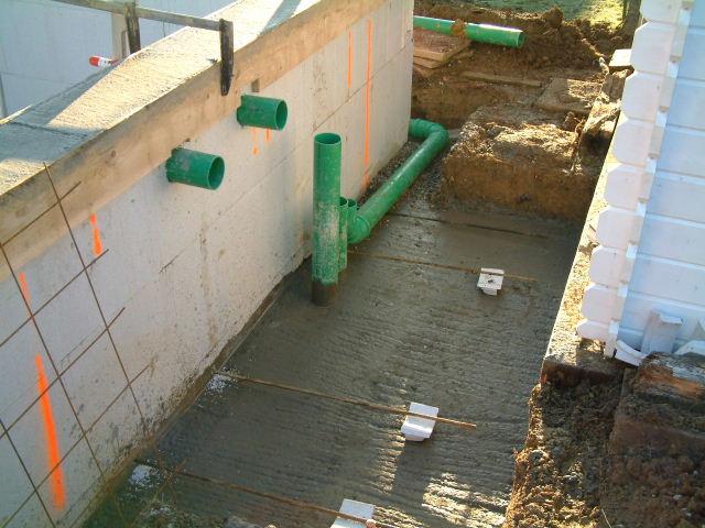 Vespa la construction de son nouveau bassin de jardin le for Liner bassin de jardin