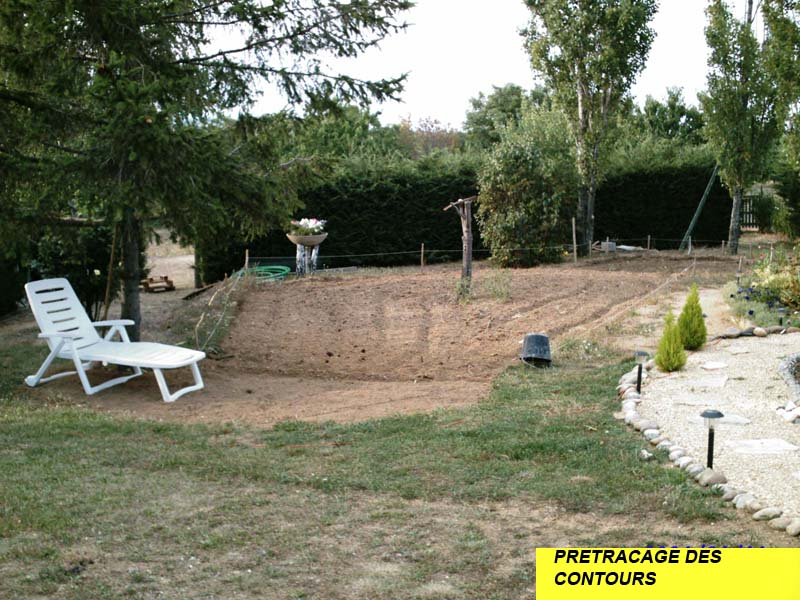 La construction du bassin de jardin de safari for Implantation jardin
