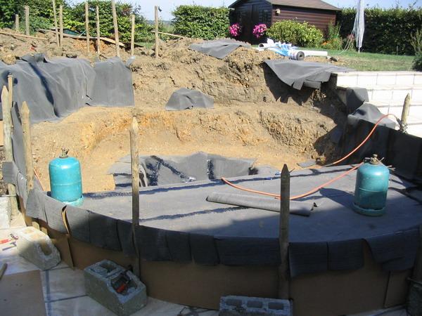 Exemple de construction de bassin yve 2 - Construction etang de jardin ...